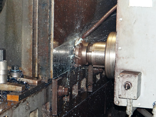 G&L Horizontal boring mill machining a part